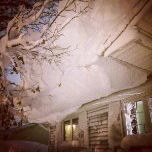 This was the snow on our roof at the end of Day 1.